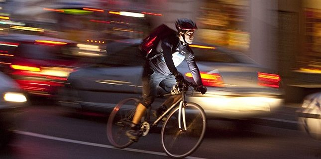 photo cycliste _ Ubérisation